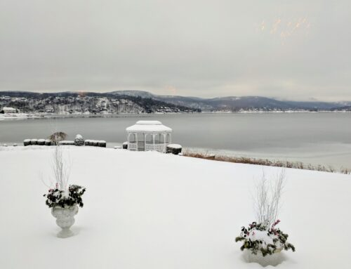 Winter Wedding at Candlewood Inn